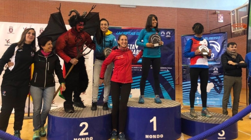 podium femeninos Club sierra sur